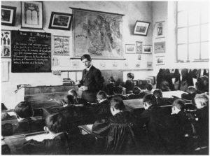 Une classe en 1900